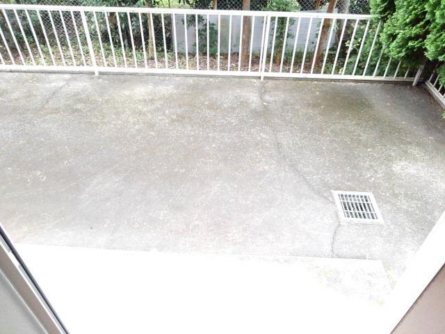 タムラハイツ 01050号室の庭