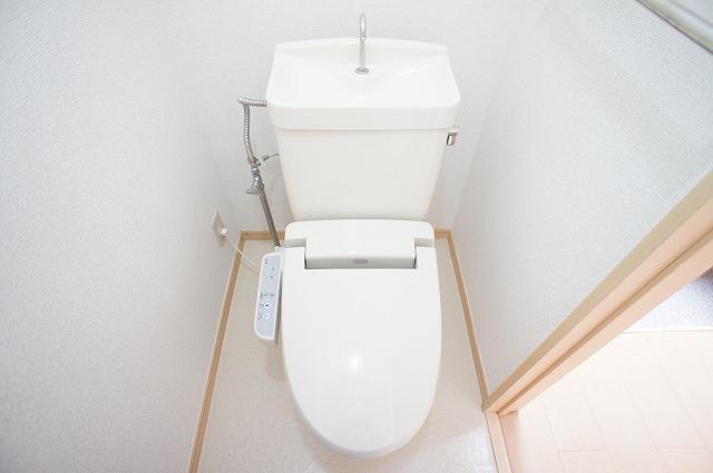 エトワール・カワナゴ 01040号室のトイレ