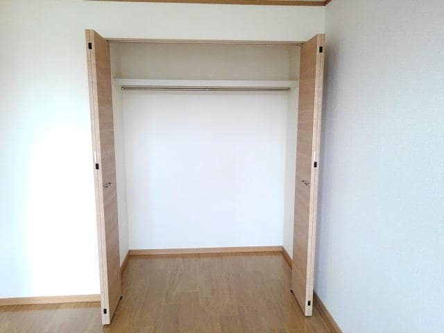 コーポ梨花 02040号室の収納