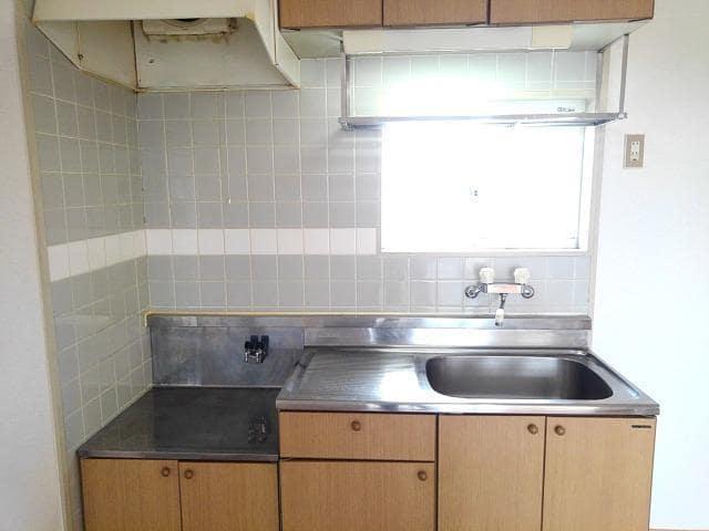 アミティハイツ 02010号室のキッチン
