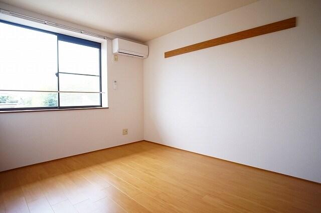 ニュ-エルディムHASHI 02040号室の居室