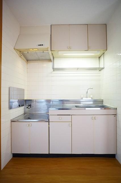 ニュ-エルディムHASHI 02040号室のキッチン