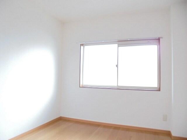 サニ-クレスト 01010号室のリビング