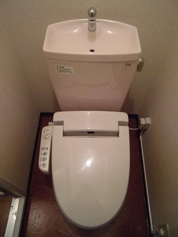 パークサイド宝木A 01010号室のトイレ