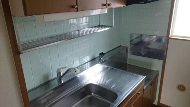 フロレスタⅠ 101号室のキッチン