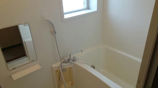 フロレスタⅠ 101号室の風呂