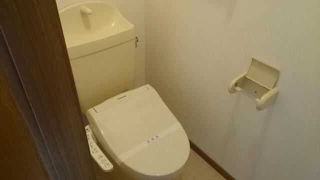 フロレスタⅠ 101号室のトイレ