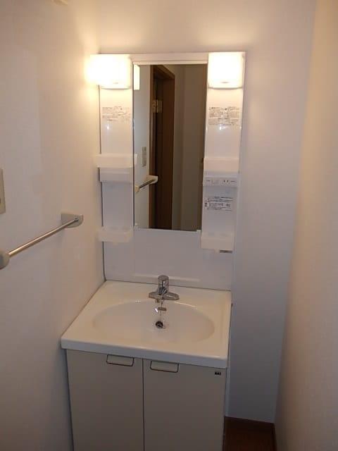 フロレスタⅠ 201号室の洗面所