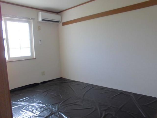 スプリング・ウインド 02010号室の居室