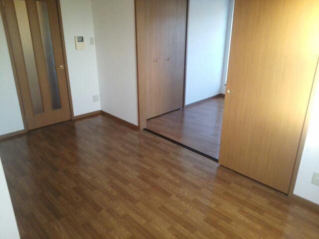 アップルハウス 205号室のリビング
