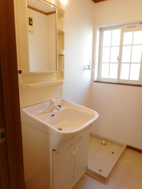 サングローブA 01020号室の洗面所