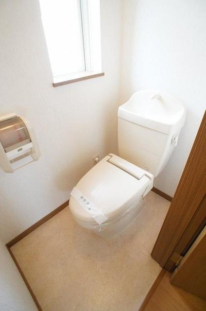 セントラルコート 01020号室のトイレ