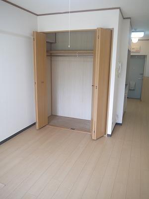カーサ オーラ・ソーレ 403号室の収納