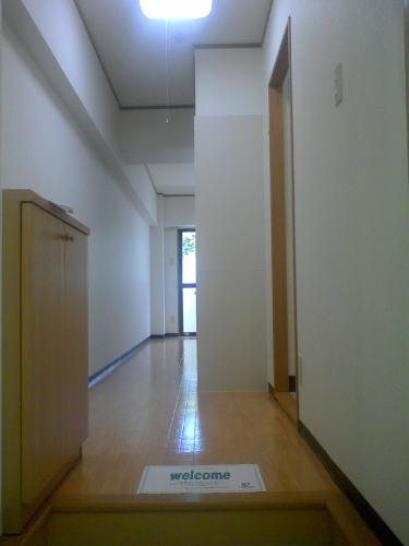 カーサ オーラ・ソーレ 403号室の玄関