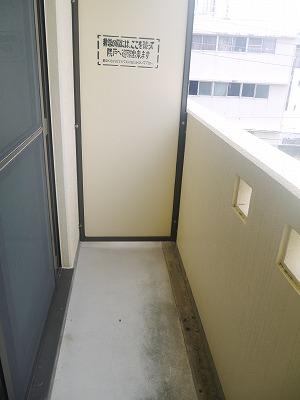 カーサ オーラ・ソーレ 403号室のバルコニー