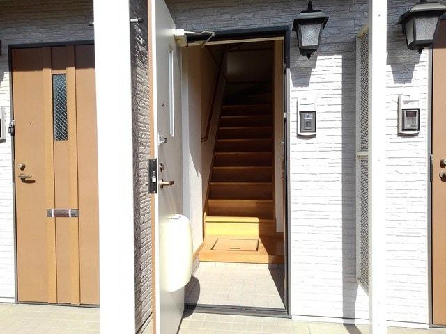 ポリッシュ・メゾン B 02020号室の玄関