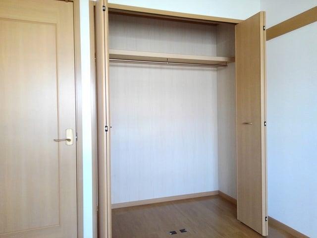 ポリッシュ・メゾン B 02020号室の収納