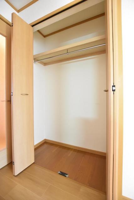 アヴァンシアA 01030号室の収納