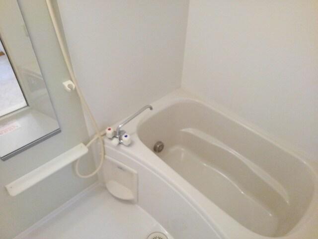 ジョイヌA 01010号室の風呂