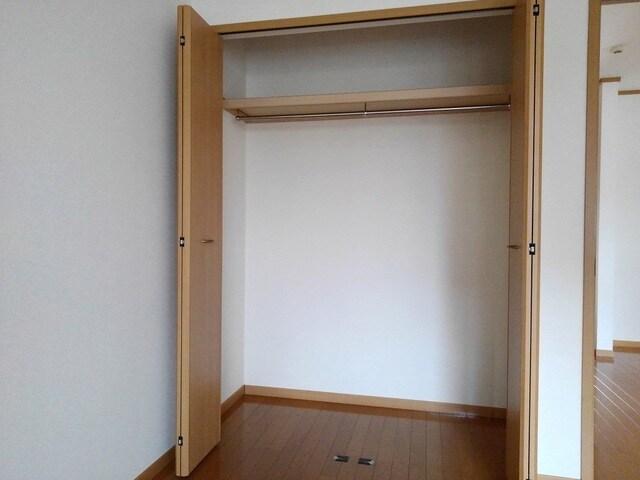 ジョイヌA 01010号室のトイレ