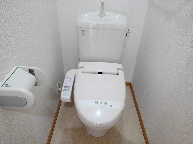 ジョイヌA 01010号室の洗面所