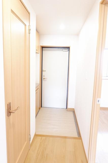 シャンクレール清瀬 02020号室の玄関