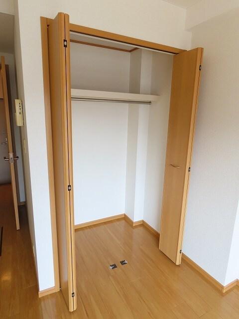 グレイスヴィラ 01010号室の収納