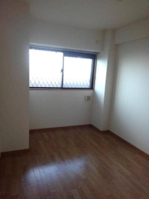 サン ビオラ 01030号室のベッドルーム