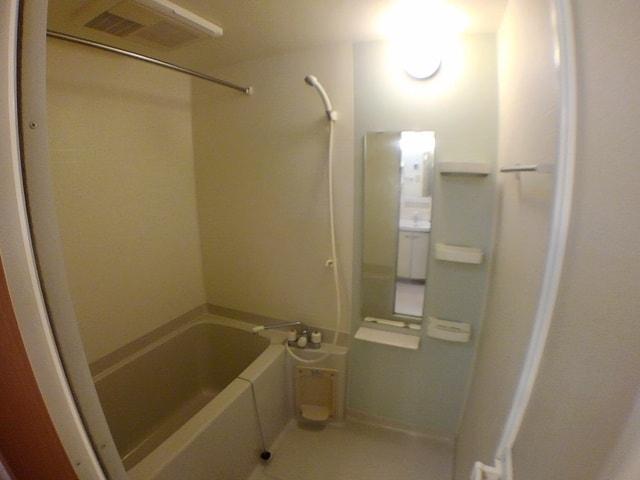 クラシオン ナゴA 403号室の風呂