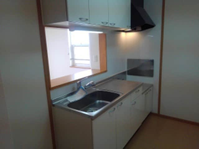 クローバー赤土 Ⅰ 02010号室のキッチン