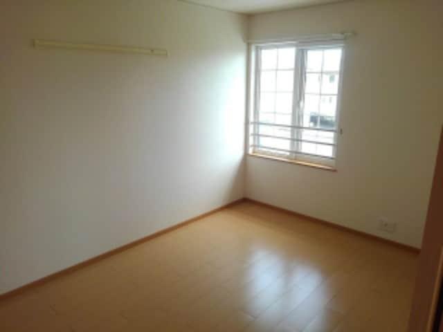 クローバー赤土 Ⅰ 02010号室のベッドルーム