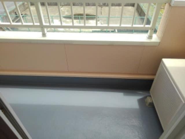 クローバー赤土 Ⅰ 02010号室のバルコニー