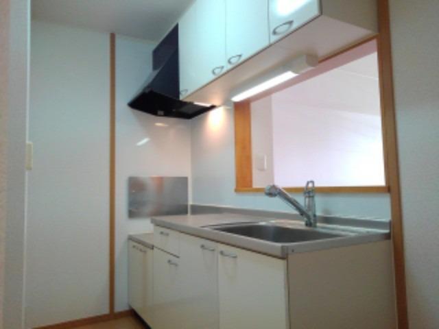 クローバー赤土 Ⅱ 01020号室のキッチン