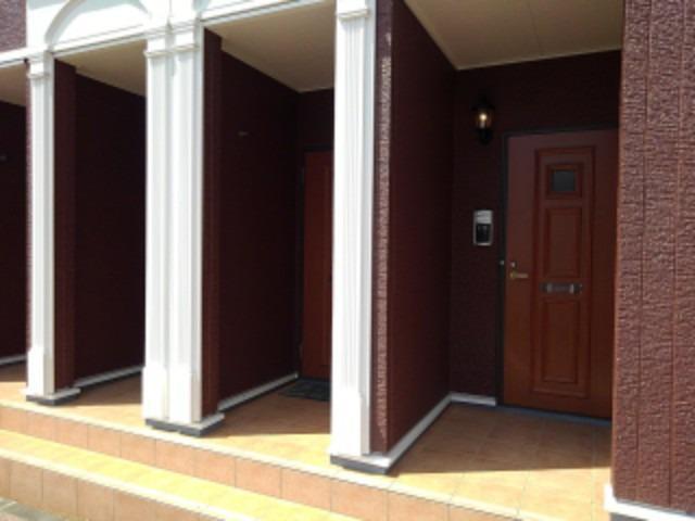 クローバー赤土 Ⅱ 01020号室の玄関