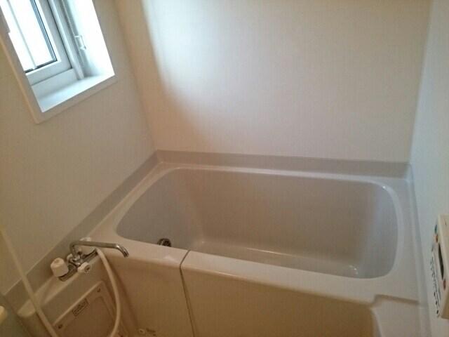 ハッピーワン D 02020号室の風呂