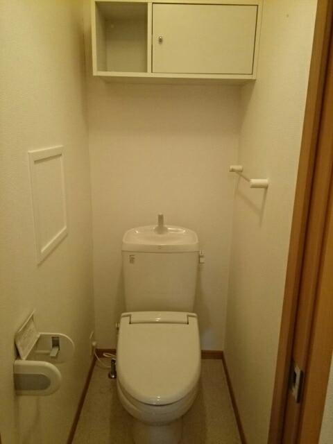 ハッピーワン D 02020号室のトイレ