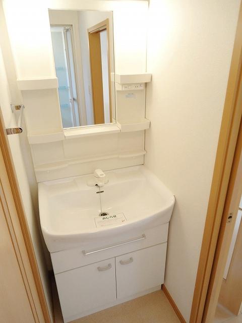 ジュネス矢田Ⅰ 101号室の洗面所