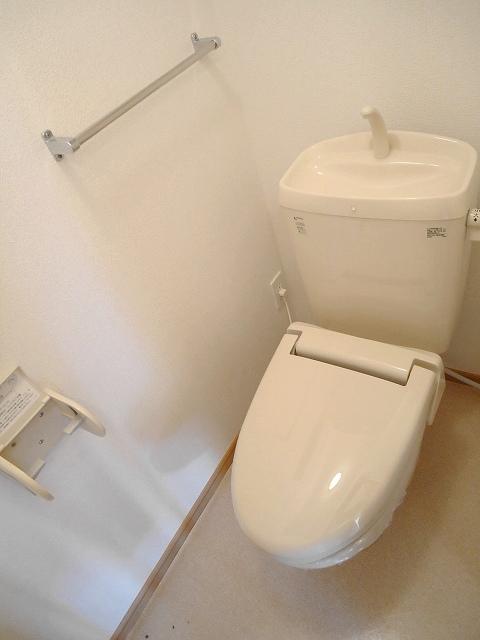 ジュネス矢田Ⅰ 101号室のトイレ