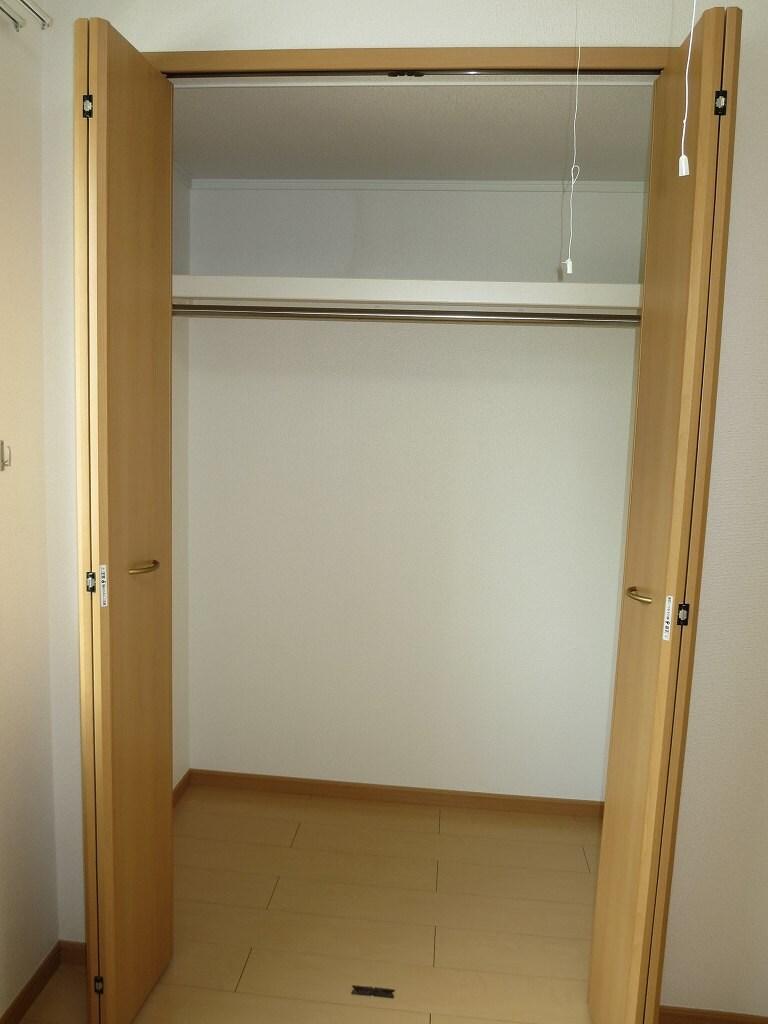 ハーベストヒル 102号室の収納