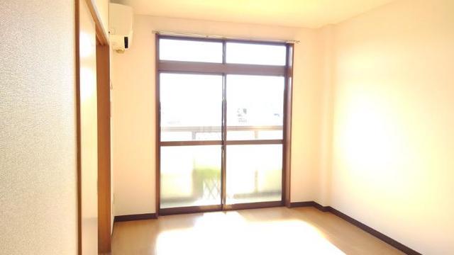 ライフサークルパート2 102号室の居室