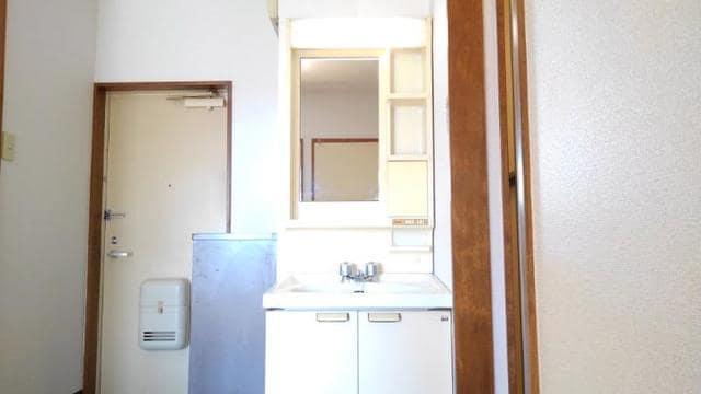 ライフサークルパート2 102号室の洗面所