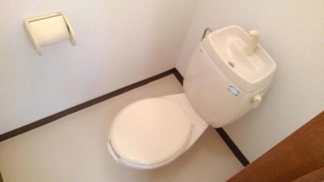 ライフサークルパート2 102号室のトイレ