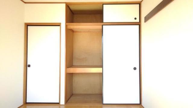 ライフサークルパート2 102号室の収納