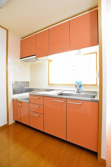 コータ・コートE 02020号室のキッチン