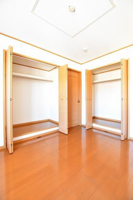 コータ・コートE 02020号室の収納
