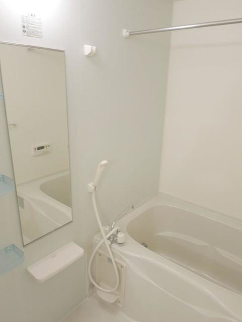 サニーフォレストC 201号室の風呂
