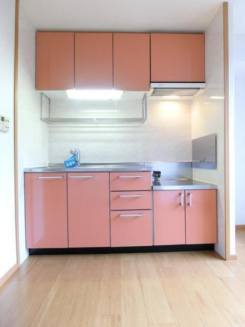 グレンツェント・イル 02020号室の居室