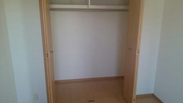 アルコ・イ-リス 02010号室の収納