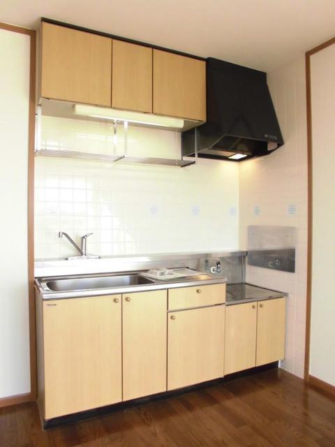 ラフィネメゾン 02020号室のキッチン