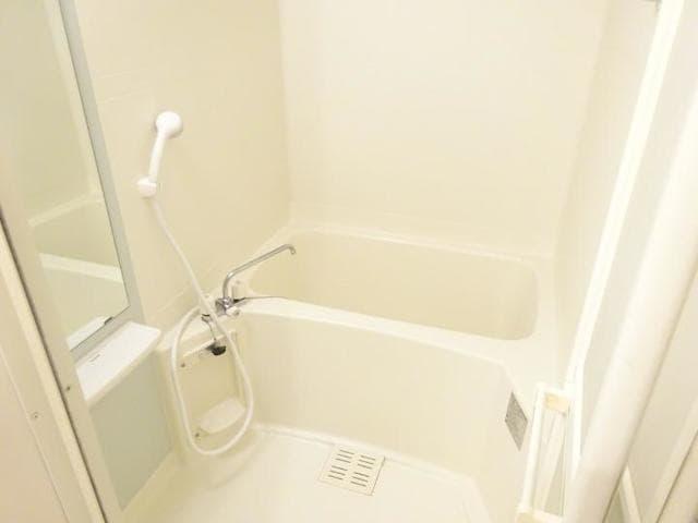 エピナール 01030号室のトイレ